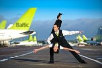 airBaltic turpinās modernizēt floti