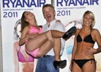 Стюардессы Ryanair разделись перед фотографами
