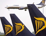 'Ryanair' gatavojas atcelt lidojumus no Rīgas uz Romu