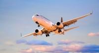 Nākamgad prognozē aviobiļešu cenu kritumu