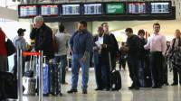 В аэропортах США резко увеличились очереди на досмотре