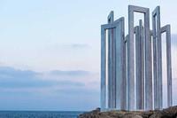 Kiprā tiek veidotas savdabīgas mākslas instalācijas