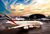 В Нью-Йорке изолировали самолет из Дубая, 100 пассажиров которого заболели